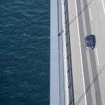 Storebæltsbroen set fra hovedkablet så er bilerne ikke ret store